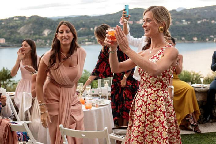 Matrimonio Rocca di Angera aperitivo con gli amici