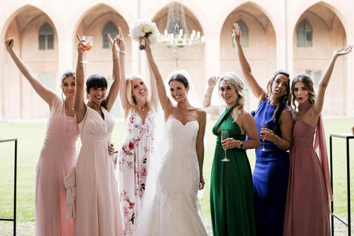 Matrimonio Serre Racconigi Sposa con Amiche