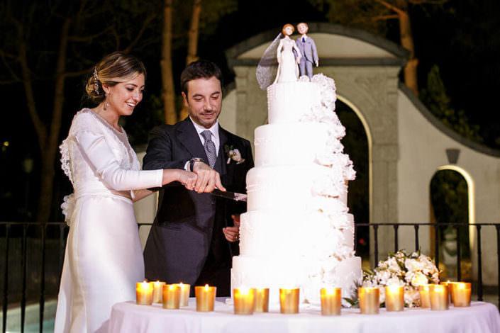 Matrimonio Villa Pietra Bianca taglio torta