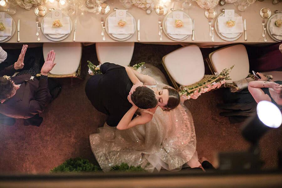 Fotografo Matrimonio Lago Maggiore bacio sposi